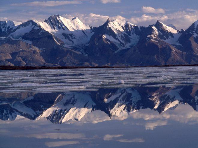 2-Mirror_Image_Greenland